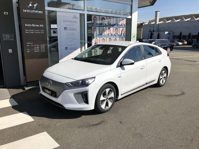 saloon Hyundai Ioniq Electric Launch