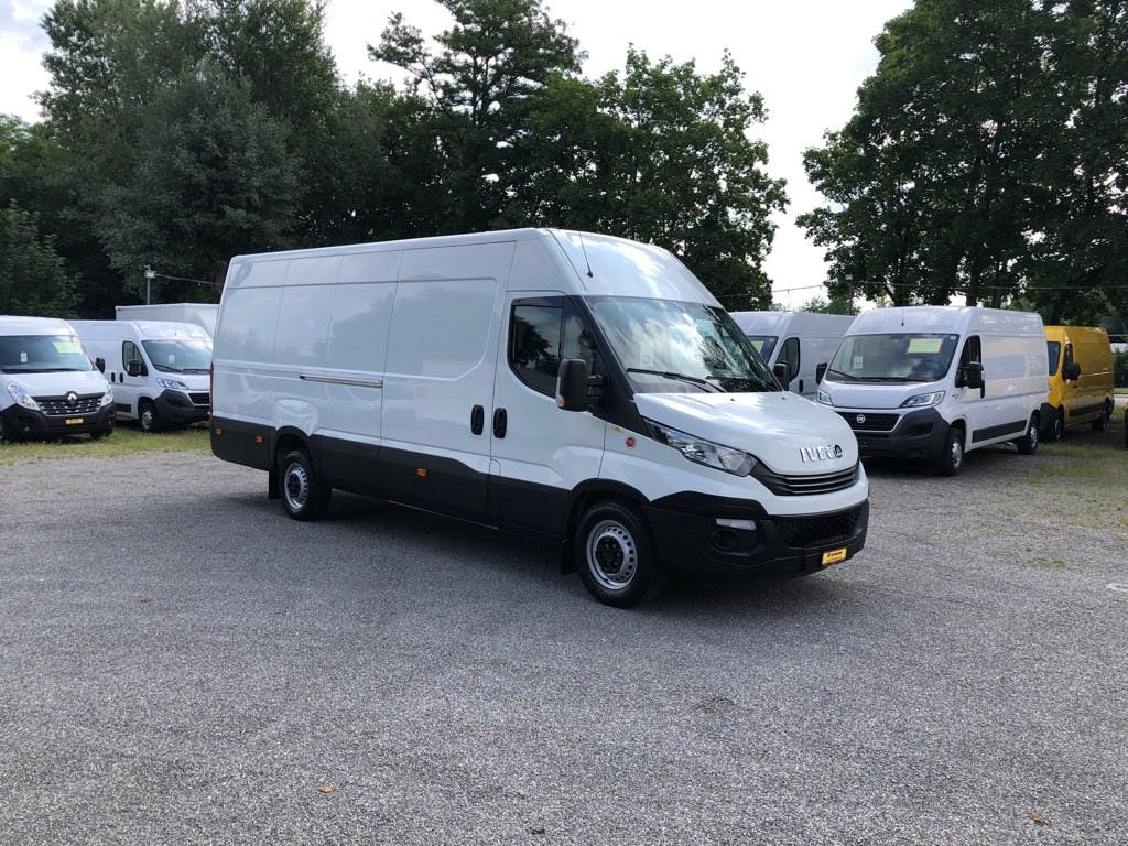 saloon Iveco Daily / Turbo Daily DAILY 35 S 14 A8 Kasten Lang / Hoch