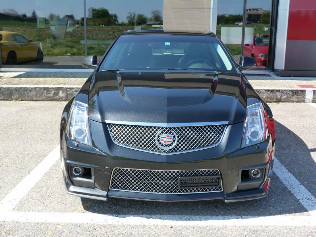 estate Cadillac CTS CTS-V Wagon 6.2 V8 SC Automatic