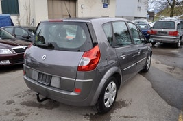 Renault Scénic 1.9 dCi DPF Privilège 90'500 km 7'900 CHF - kaufen auf carforyou.ch - 3