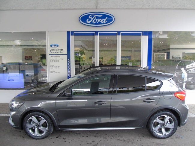 saloon Ford Focus 1.0i EcoB 125 Active