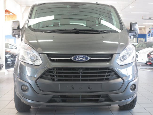 saloon Ford Tourneo Custom 300 L2H1 Titanium