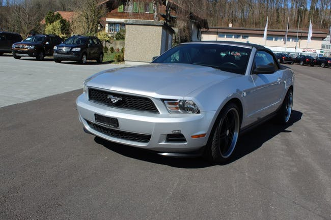 cabriolet Ford Mustang MUSTANG