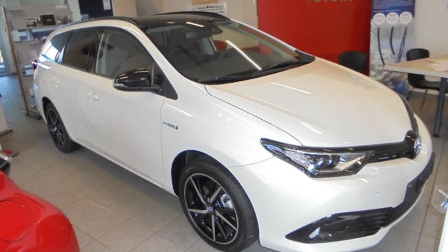 estate Toyota Auris TS 1.8 HSD Trend