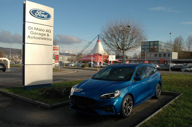 estate Ford Focus Station Wagon 1.0i EcoB 125 ST-Lin