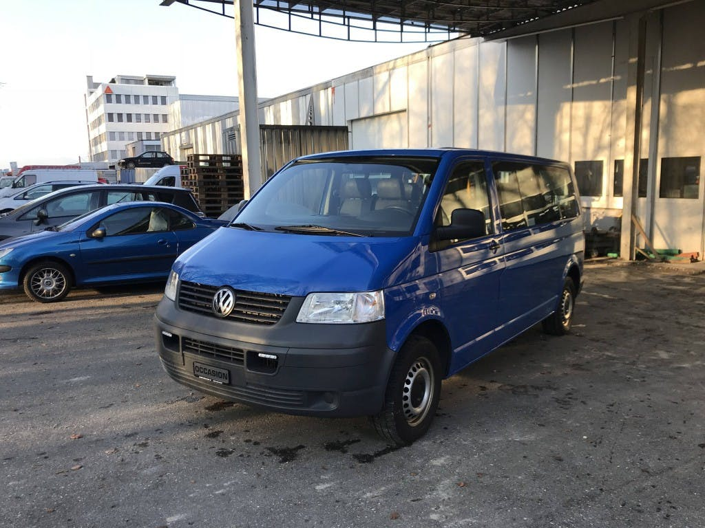 bus VW T5 2.5 TDI PD 4MOTION