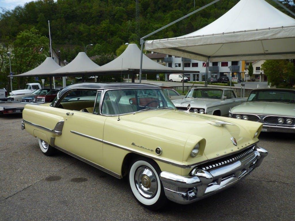 coupe Mercury Monterey 2-Door Hardtop