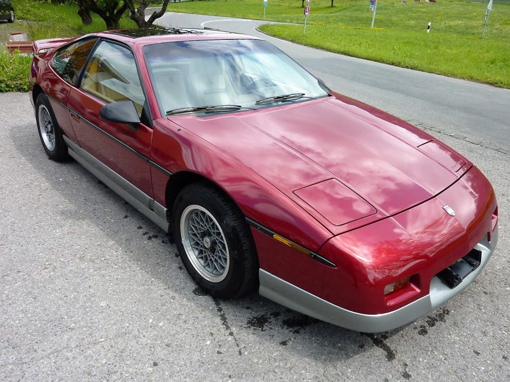 coupe Pontiac Fiero GT