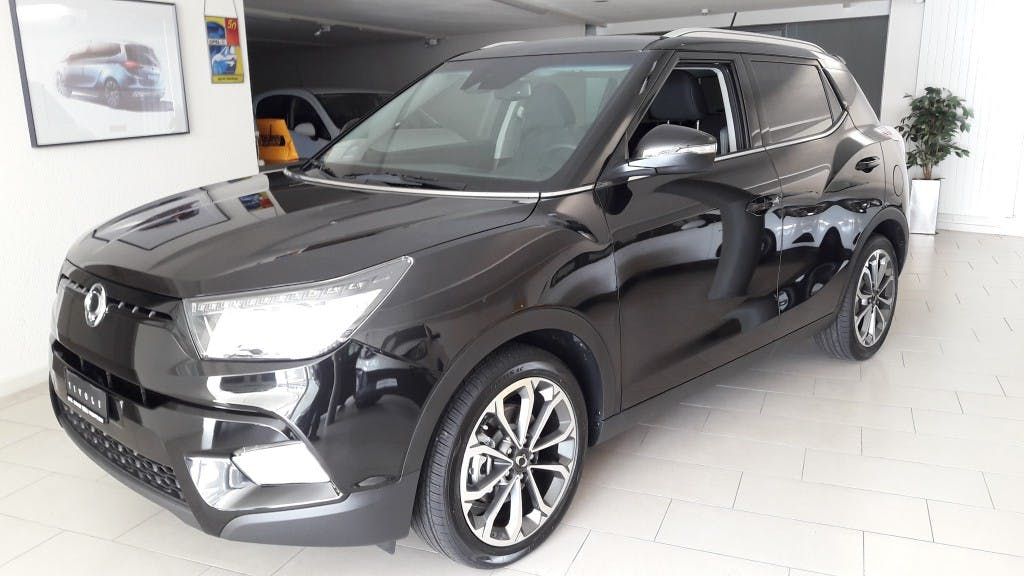 suv SsangYong Tivoli 1.6i Benzin (!!!) Quartz 2WD Automat