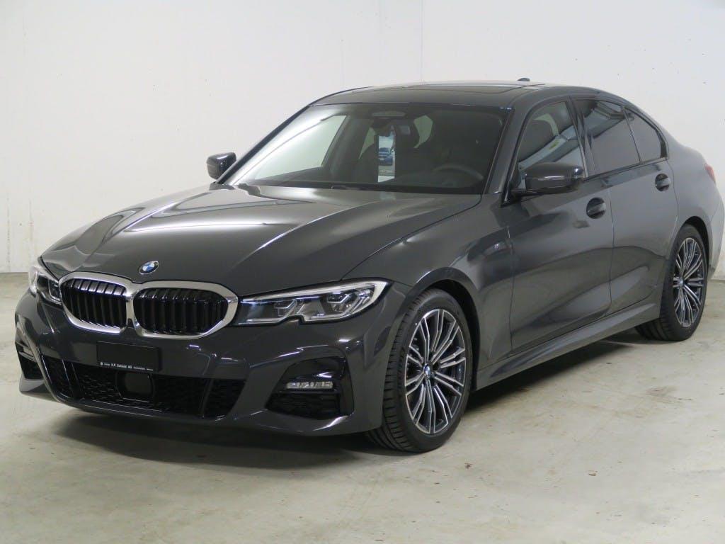 saloon BMW 3er 330i M Sport Steptronic