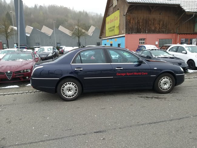 saloon Lancia Thesis 2.0 Turbo Executive