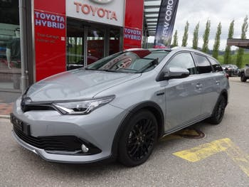estate Toyota Auris Touring Sports 1.8 HSD Limited