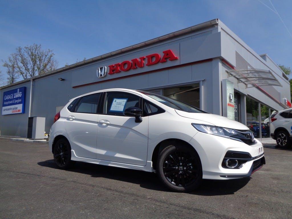 saloon Honda Jazz 1.5i-VTEC Dynamic*