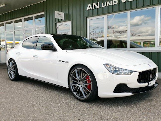 saloon Maserati Ghibli 3.0 V6