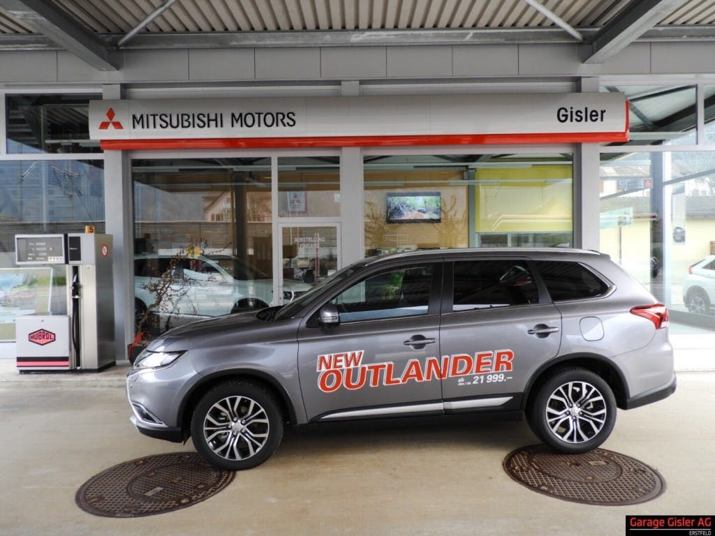 suv Mitsubishi Outlander 2.2 DID Diamond 4WD Automatic