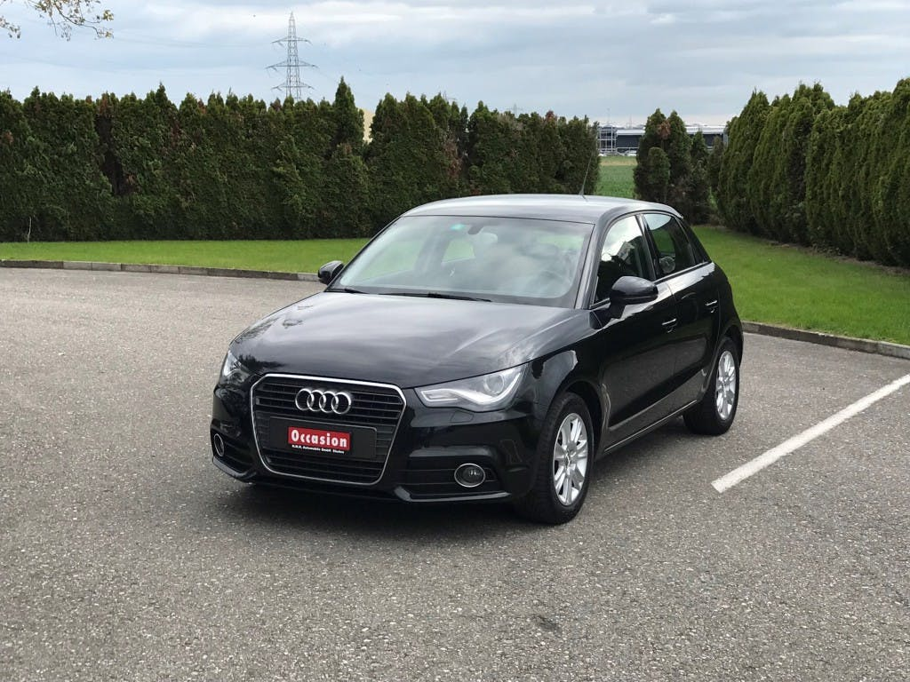 saloon Audi A1 Sportback 1.4 TFSI Attraction