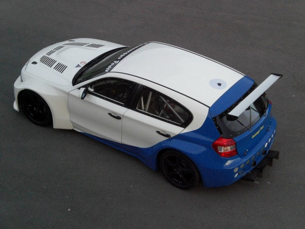 coupe BMW 1er M GTR E87