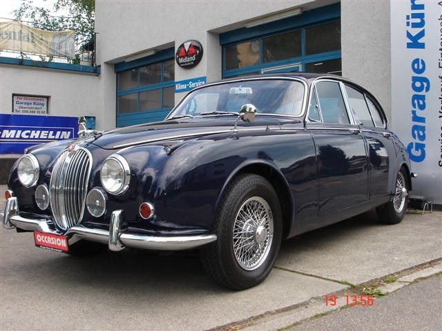 saloon Jaguar Mark 2 MK 2 240
