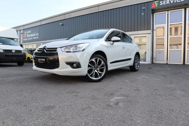 saloon DS Automobiles DS4 2.0 HDi Sport Chic Automatic