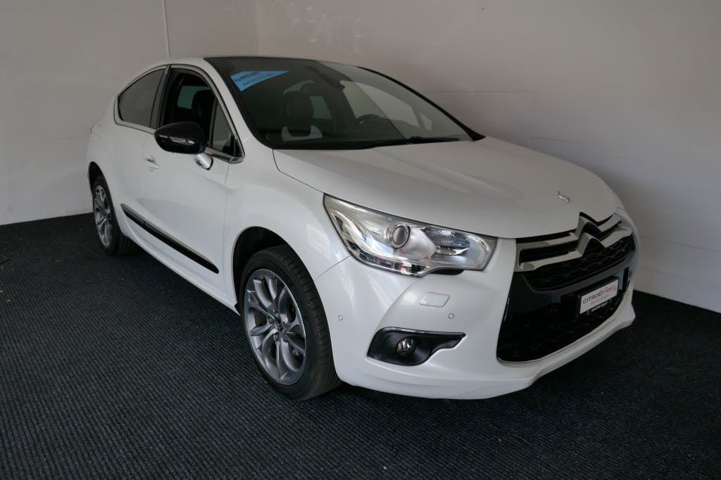 saloon DS Automobiles DS4 1.6 THP Dark Top Automatic