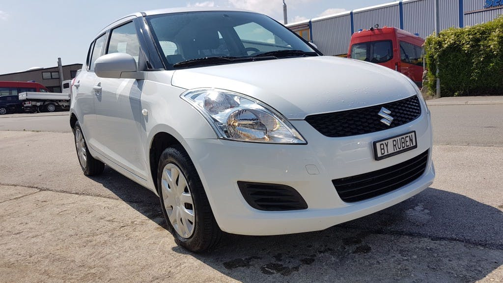 saloon Suzuki Swift 1.2i 16V GL 4x4