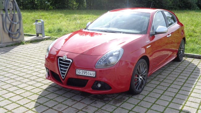 saloon Alfa Romeo Giulietta 1.4 MultiAir Veloce TCT