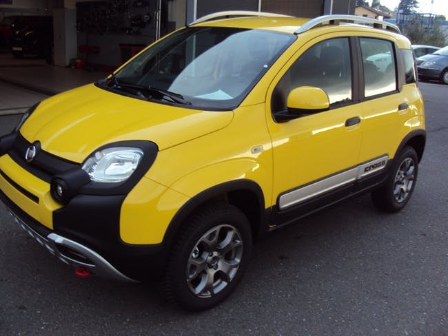 saloon Fiat Panda 4x4 0.9 85cv Cross
