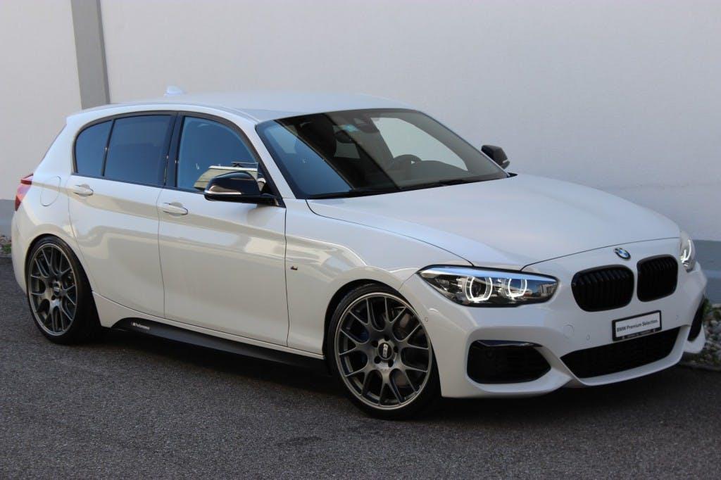 saloon BMW 1er M140i xDrive