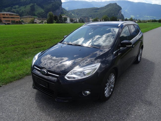 estate Ford Focus SW 1.6i EcoB SCTi 182 Titan.