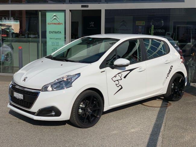 saloon Peugeot 208 1.2 P.Tech Signature