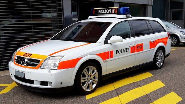 estate Opel Vectra 3.2 Automat POLIZEI