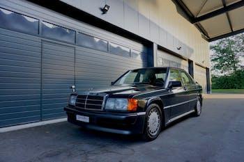 saloon Mercedes-Benz 190 2.3-16 Automat