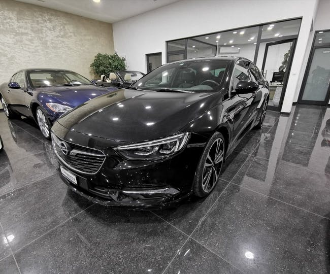 saloon Opel Insignia 2.0 T Grand Sport Excellence 4WD Automat.