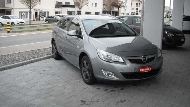 estate Opel Astra SportsTourer 1.6i 16V Turbo Cosmo