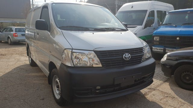 pickup Toyota Hiace D-4D Van SWB