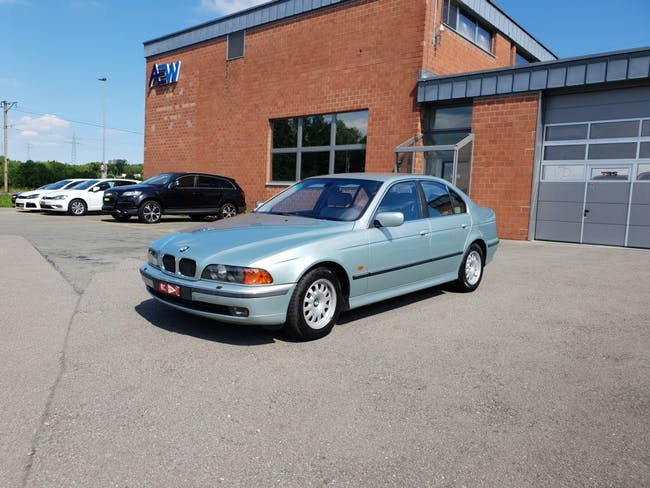 saloon BMW 5er 530d