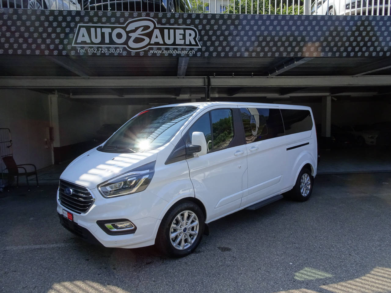 bus Ford Tourneo C Bus 320 L2 2.0 TDCi 170 Titani