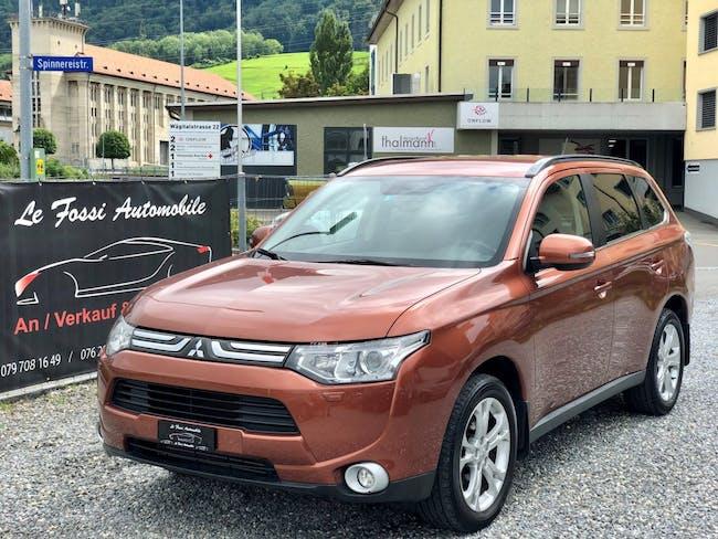 suv Mitsubishi Outlander 2.2 DID Navigator Safety 4WD Automatic