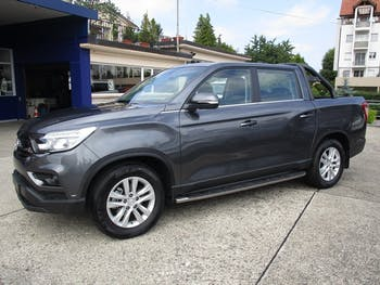 saloon SsangYong Musso 2.2 Sapphire 4WD A