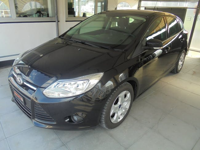 saloon Ford Focus 1.6i VCT Trend PowerShift