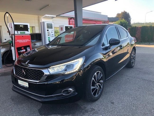 saloon DS Automobiles DS4 1.2 Pure Tech SO Chic