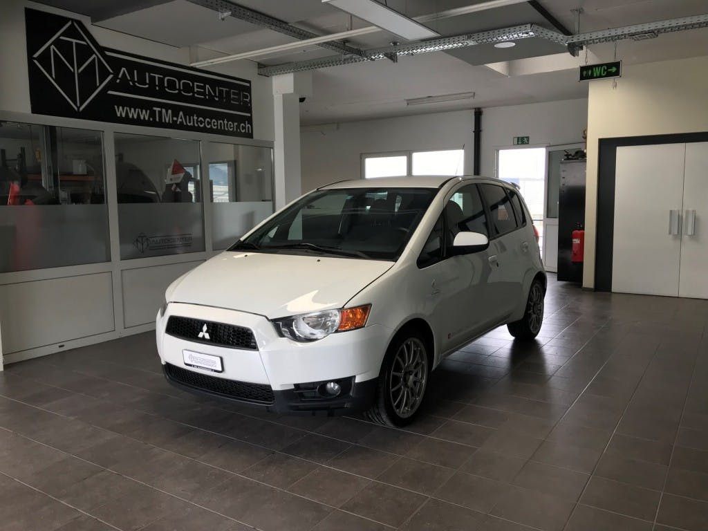 saloon Mitsubishi Colt 1.3 16V Swiss Champion ClearTec