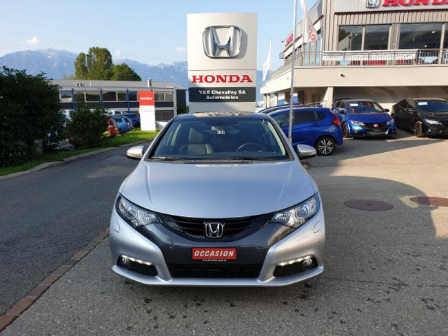 saloon Honda Civic 1.8i Executive
