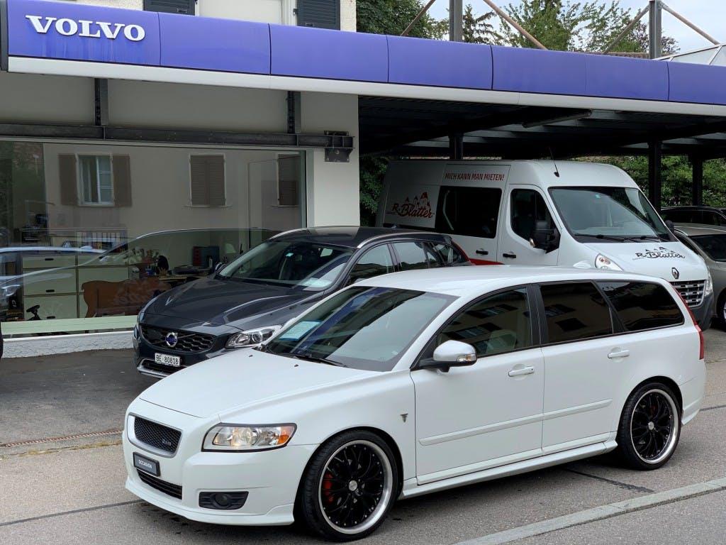 estate Volvo V50 D2 R-Design