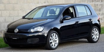 saloon VW Golf 1.6 TDI BlueMotion Technology Trendline