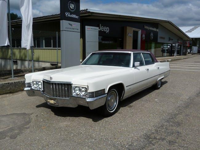 saloon Cadillac Fleetwood Brougham Edition
