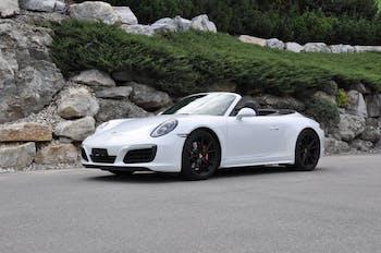 van Porsche 911 3.0 Carrera 4S PDK