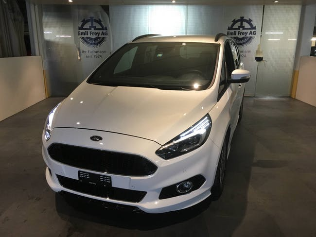 saloon Ford S-Max 2.0 TDCi 190 ST-Line