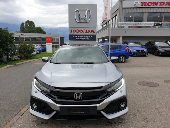 saloon Honda Civic 1.0 VTEC Executive