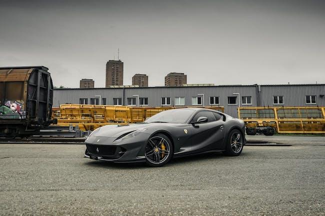 coupe Ferrari 812 Superfast